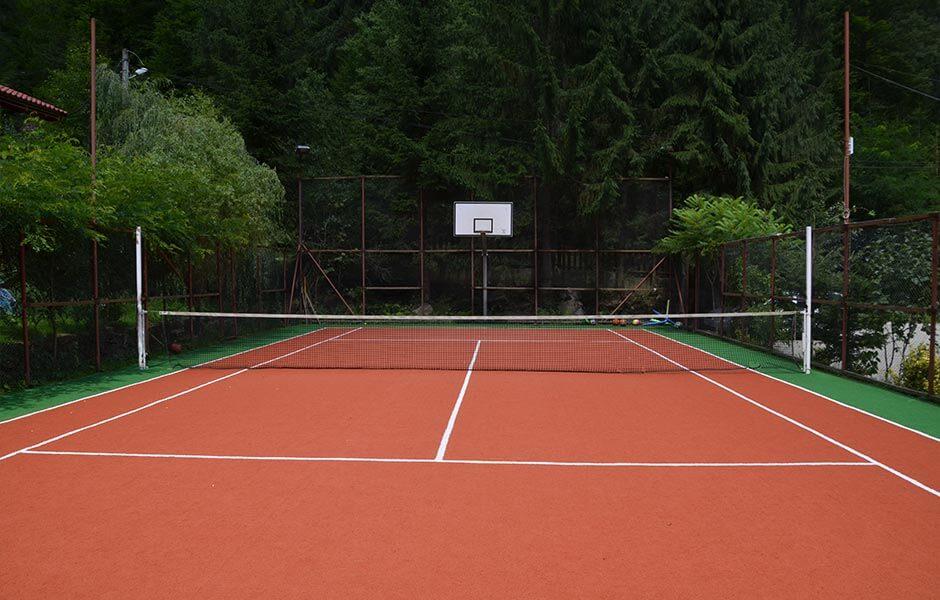 Valea Paradisului teren tenis