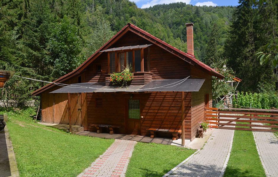 Valea Paradisului cabana